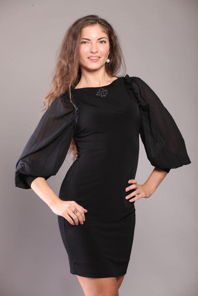 нарядное короткое платье из шифона с.