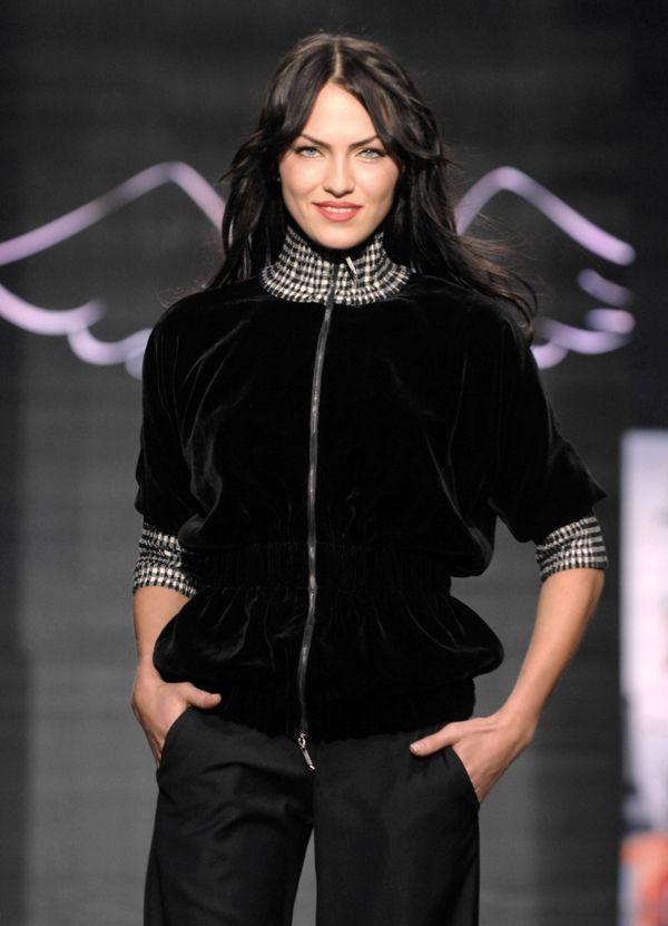 Куртки из бархата женские