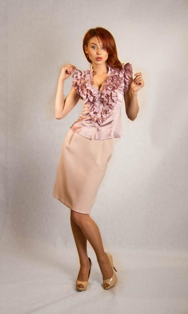 Очень женственные блузки купить