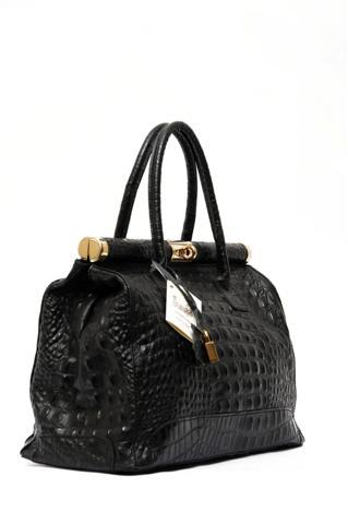 Чёрная сумка под рептилию.