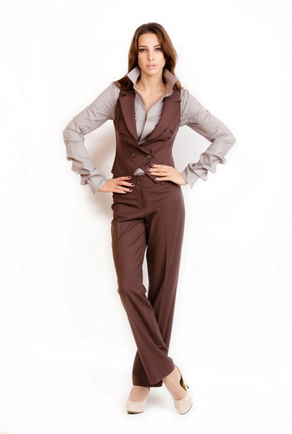 Женская одежда из италии для бизнес леди