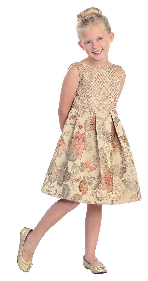 Оригинальное детское платье из плотного шелка в красно-серых тонах.