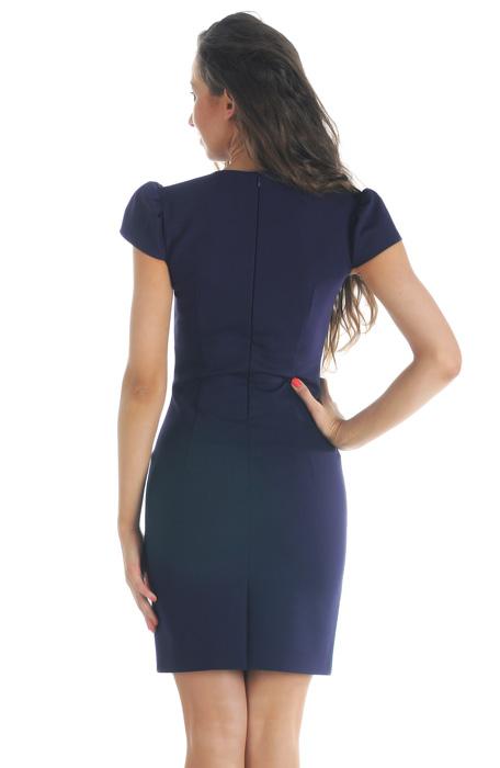 Яркое прямое летнее платье, выполненное из качественной натуральной...