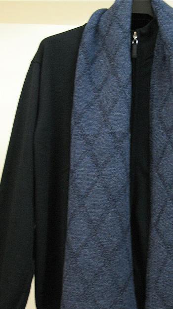 Теплый и комфортный мужской мужской шарф из 100% шерсти.Металлической...