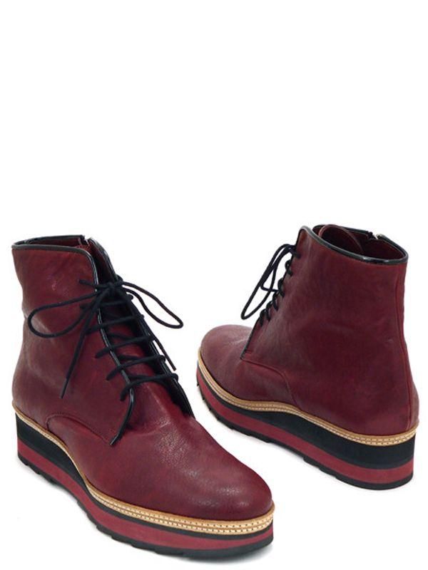 Испания (обувь). 10000руб.