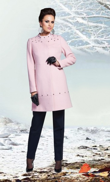 Светло-розовое кашемировое пальто с воротником-стойка KLARIS