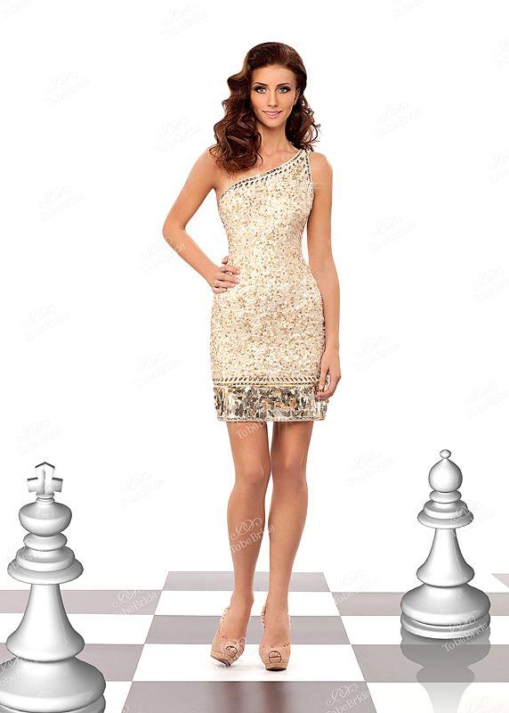 Невероятно красивое вечернее платье с одной бретелью, станет самым...