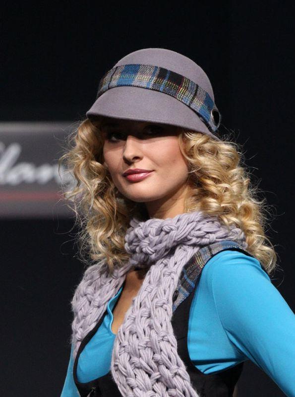 шапки с балабоном