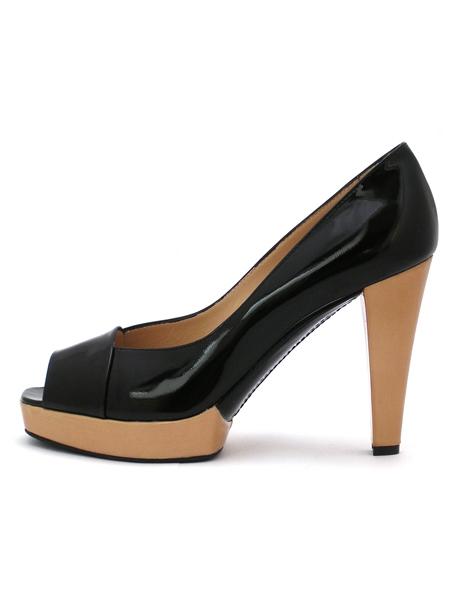 Черные лаковые туфли на контрастной платформе итальянской марки GIORGIO...