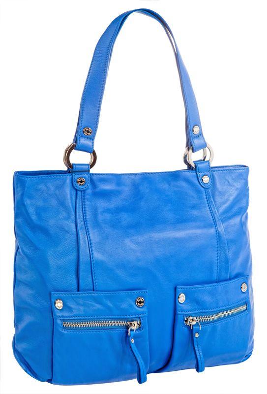 Женская сумка Palio выполнена из натуральной кожи синего цвета.
