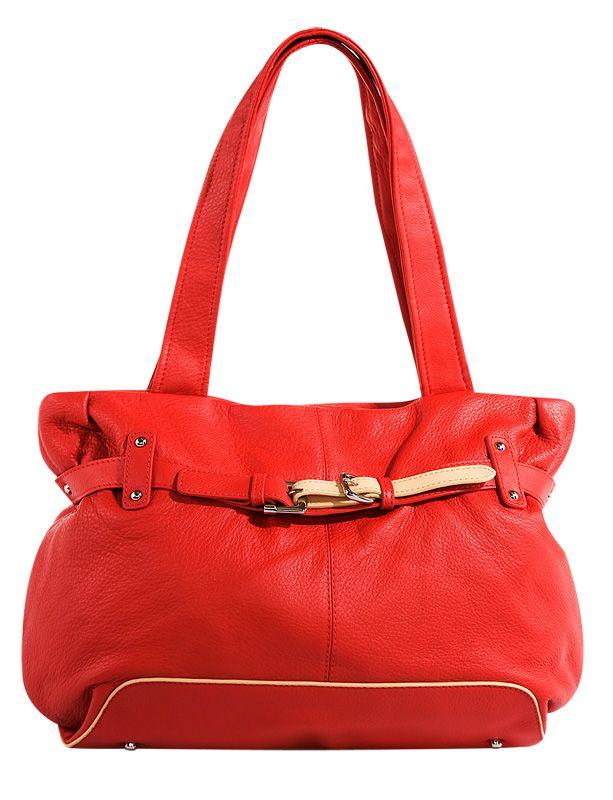 Женская сумка PALIO из натуральной кожи красного цвета.