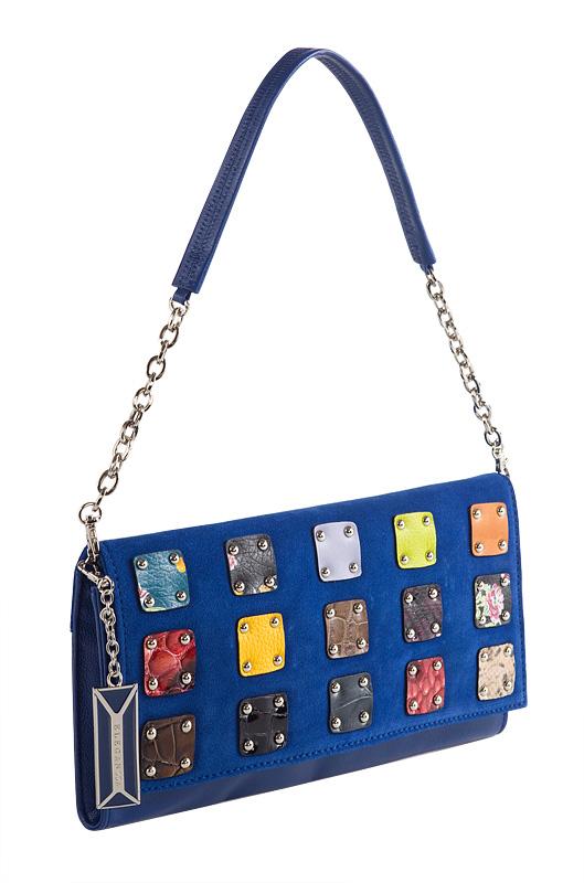 Женская сумка ELEGANZZA выполнена из натуральной кожи синего цвета.