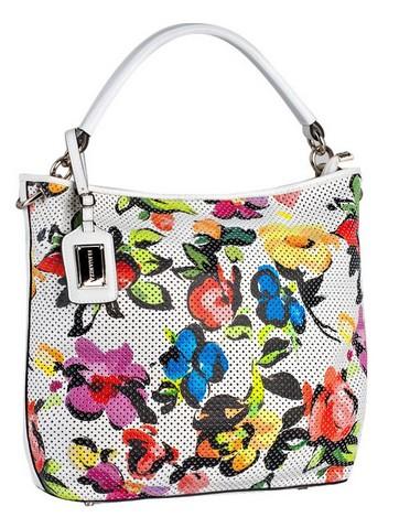 Женская сумка ELEGANZZA выполнена из натуральной кожи белого цвета.