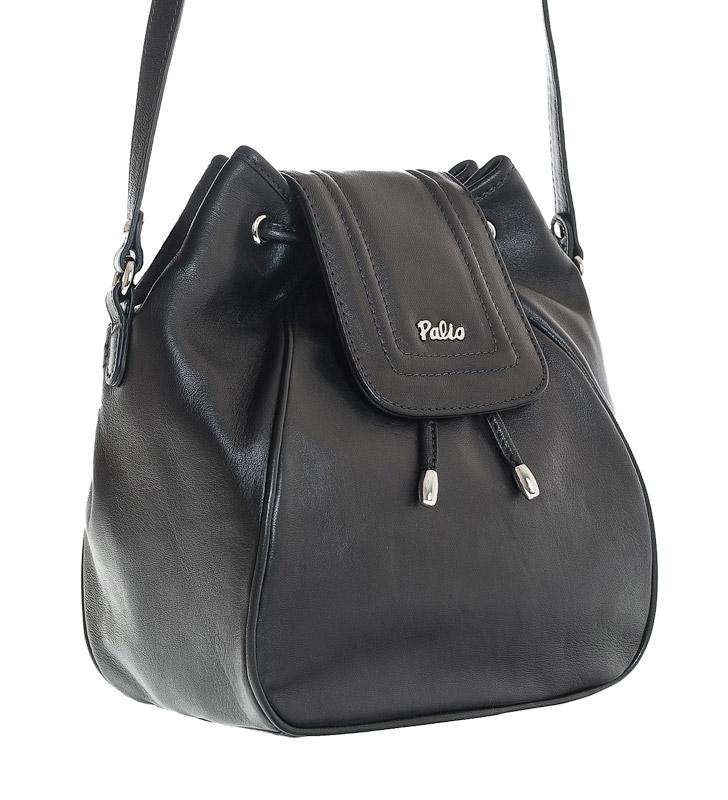 Женская сумка Palio выполнена из натуральной матовой кожи черного цвета.