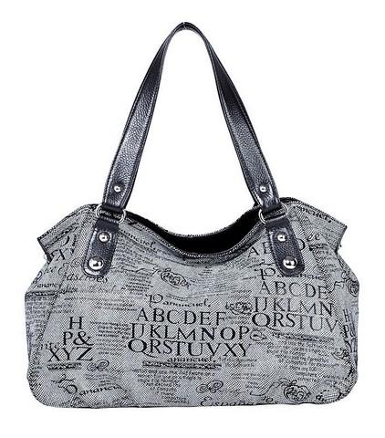 Женская сумка Labbra выполнена из натуральной лазерной кожи с рисунком...