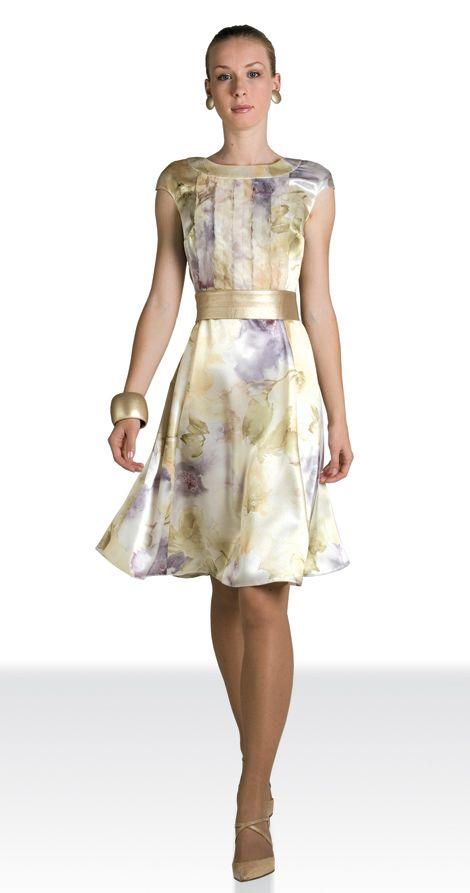 Смотреть платья с доставкой