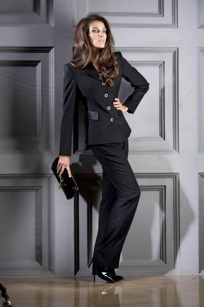 ...обратить внимание на длинные пышные юбки под вязаные кофты или прямые пиджаки, можно...