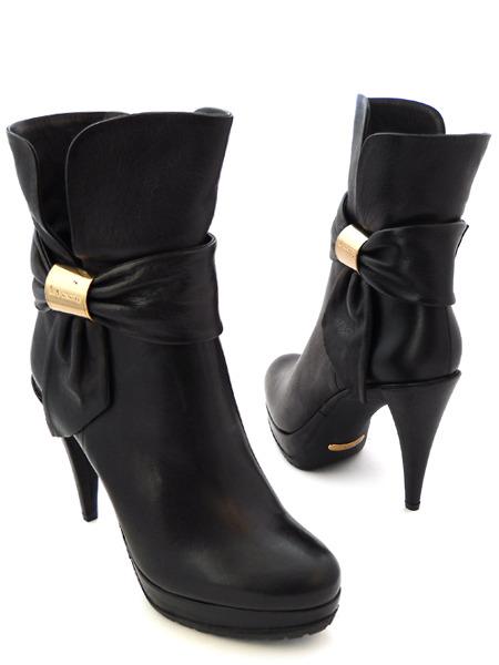 Туфли и сапоги на шпильке