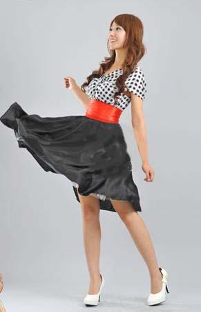 Весеннее платье с пышной юбкой.